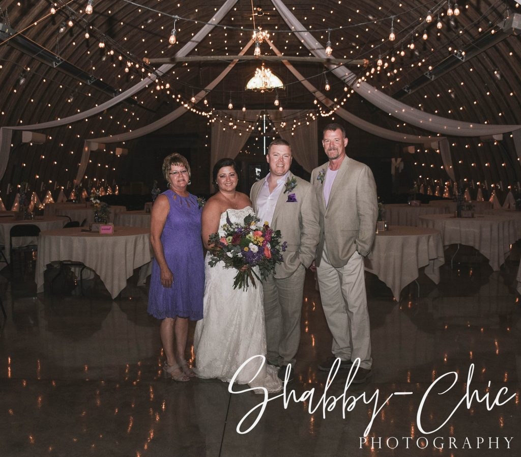 bride-groom-parents-shabby-chic-photography-debbies-celebration-barn