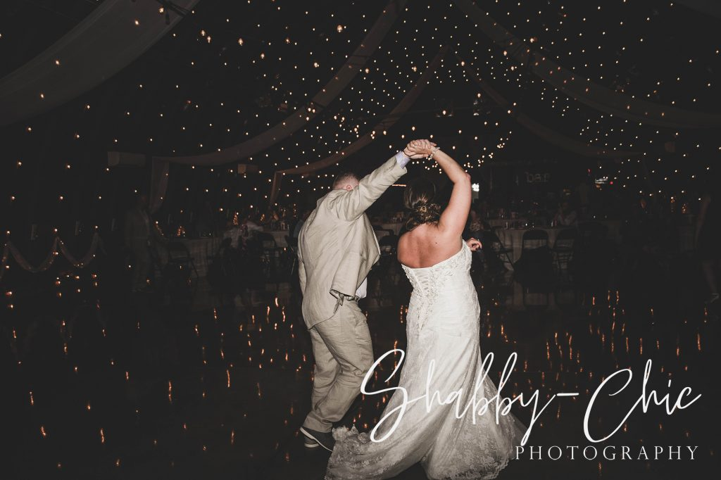 dancing-shabby-chic-photography-debbies-celebration-barn