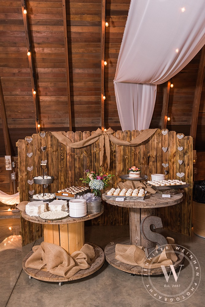 dessert-jennifer-weinman-photography-debbies-celebration-barn