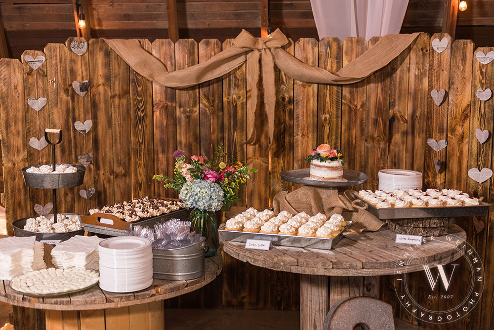 dessert-table-jennifer-weinman-photography-debbies-celebration-barn