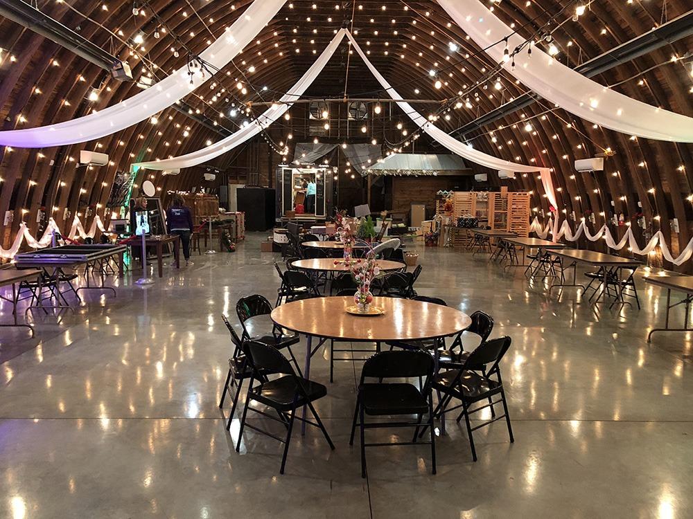 event-setup-debbies-celebration-barn