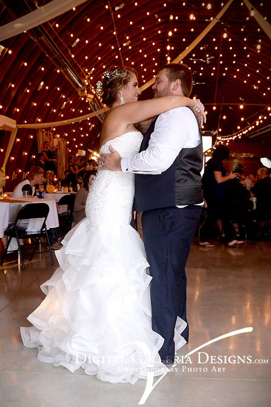 first-dance-digital-galleria-design-debbies-celebration-barn