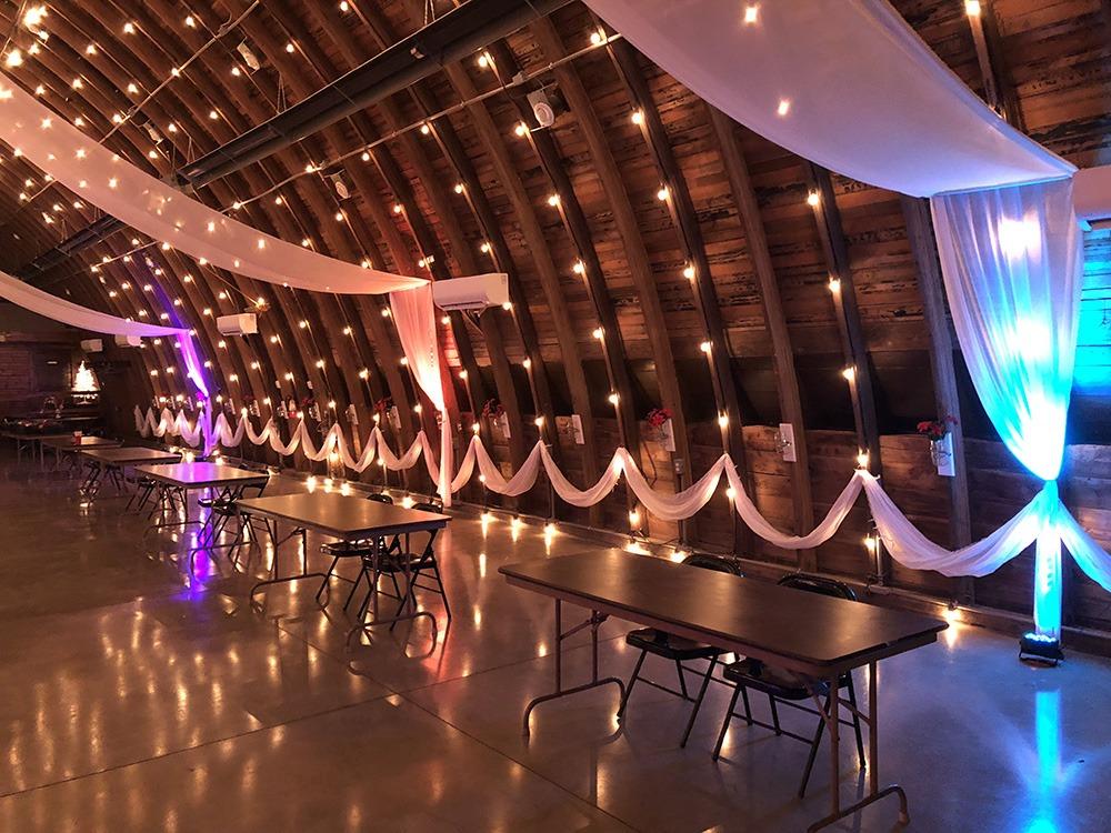 funky-lights-debbies-celebration-barn