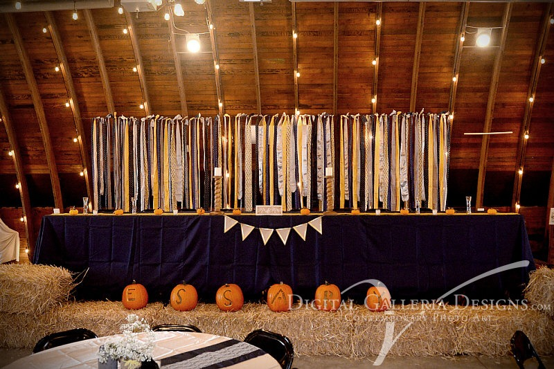 head-table-digital-galleria-design-debbies-ceelbration-barn