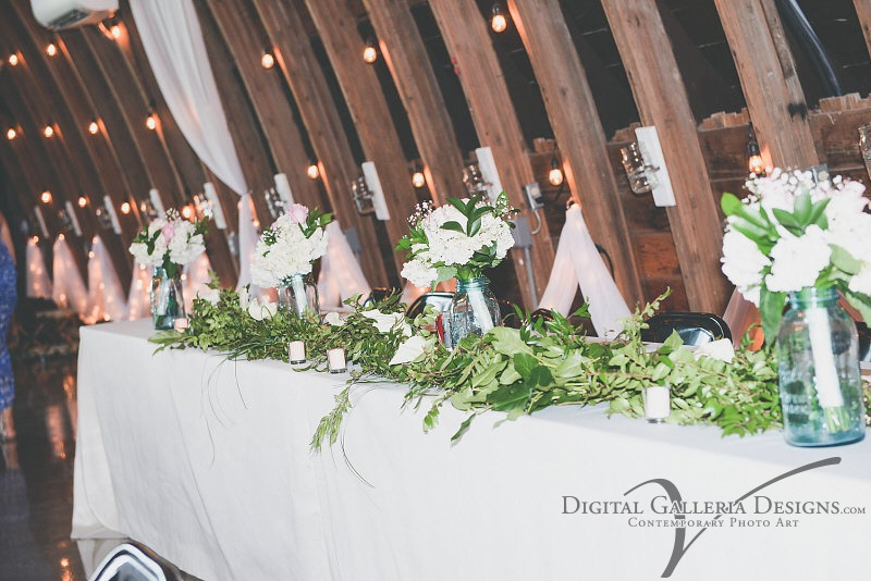 head-table-digital-galleria-photography-debbies-celebration-barn