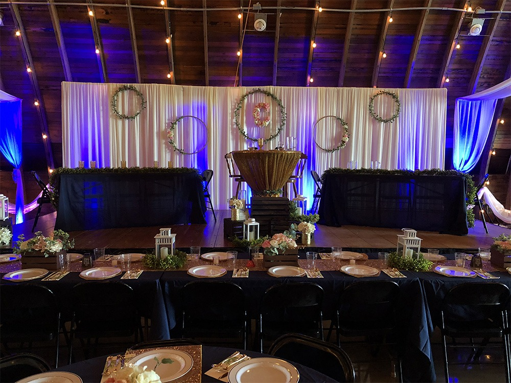 head-tables-c-wedding-debbies-celebration-barn