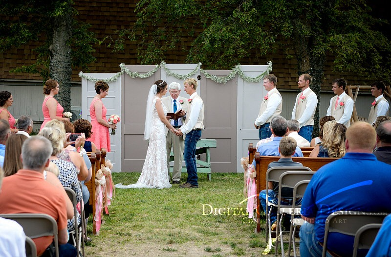 outdoor-ceremony-digital-galleria-design-debbies-celebration-barn