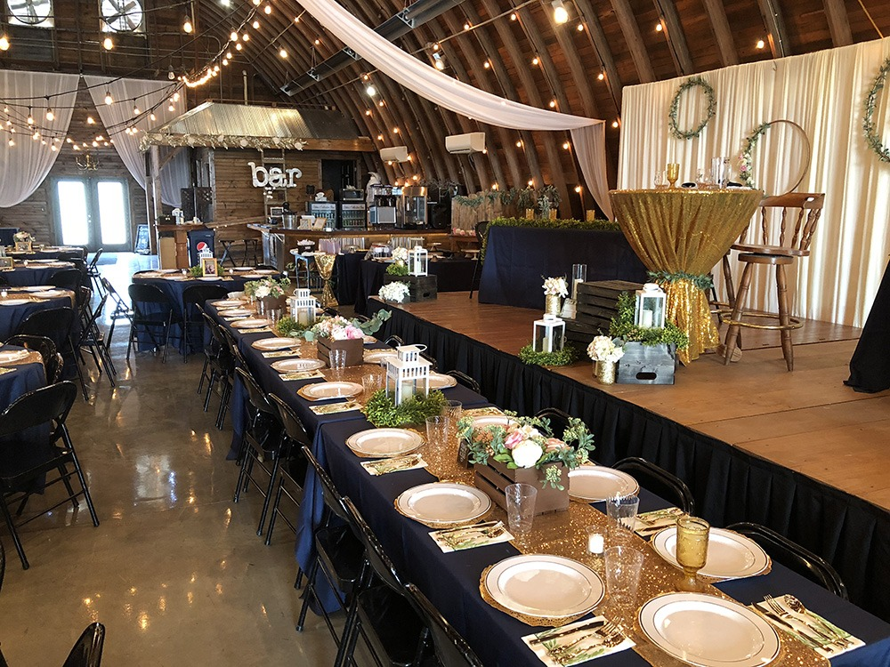 reception-decorations-debbies-celebration-barn
