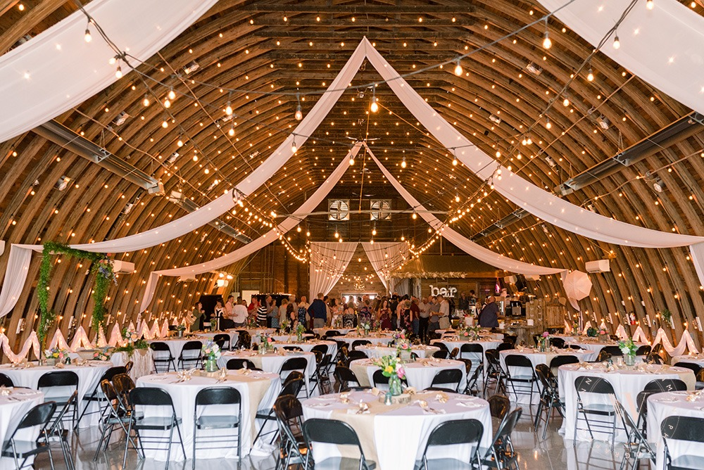 reception-jennifer-weinman-photography-debbies-celebration-barn