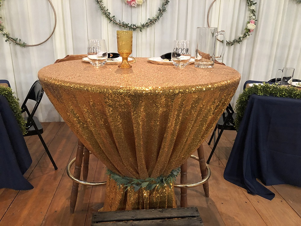 sweetheart-table-c-wedding-debbies-celebration-barn