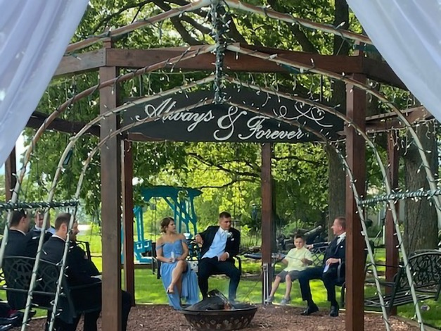 Octagon Swing   Debbie's Celebration Barn